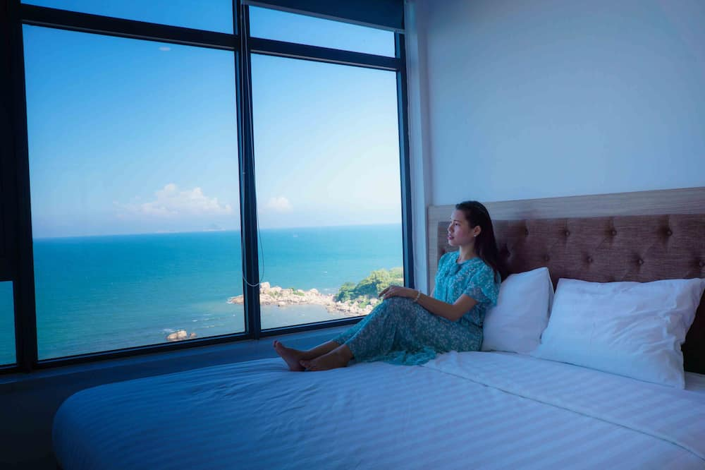 Appartement Luxe, 2 chambres, coin cuisine, vue plage - Chambre