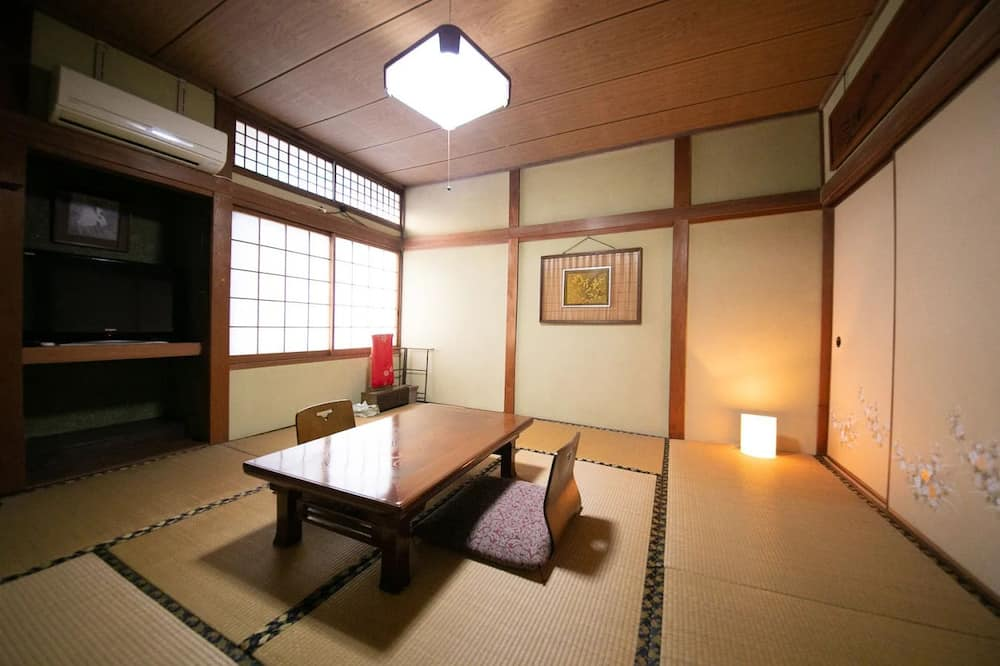 Traditional-Zimmer (2F, Japanese Style, Room2, Medium) - Zimmer