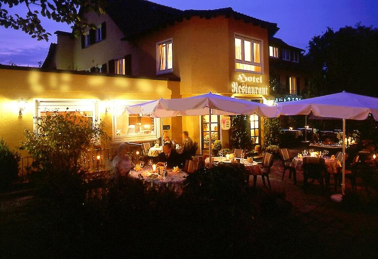 Hotel Römerhof, Stuttgart, Pohľad na hotel – večer/v noci