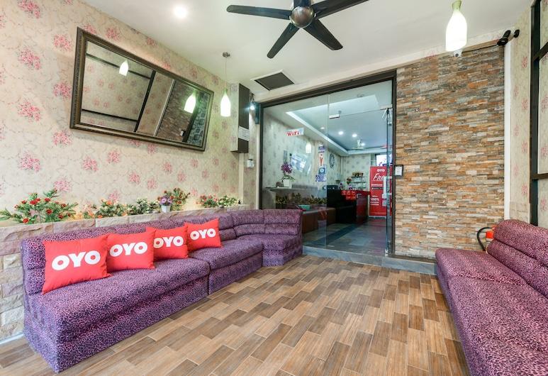 OYO 316 Cozy Rooms@Reader's, Pattaya, Sitzecke in der Lobby