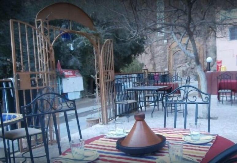 La Belle Etoile, Tinghir, Restaurante al aire libre