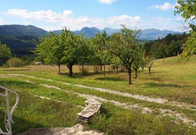 Villa With 2 Bedrooms in Sisteron, With Wonderful Mountain View, Private Pool, Furnished Garden - 160 km From the Beach, Sisteron, Vaade õhust