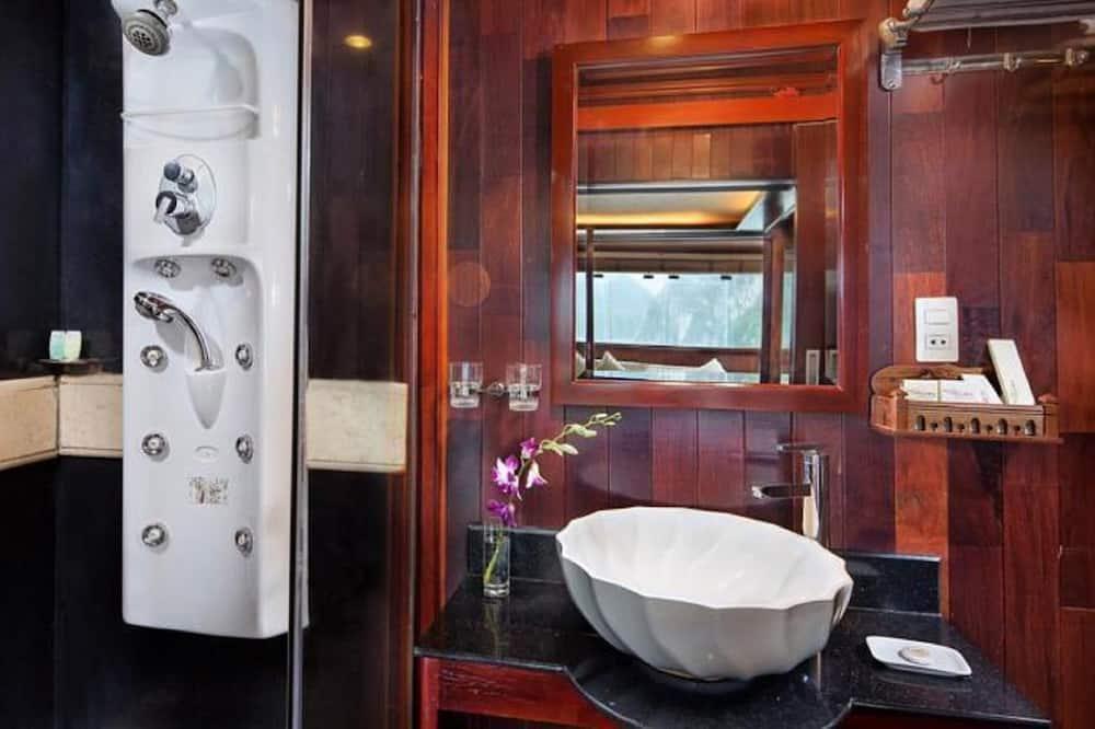 Familienzimmer (Standard) - Badezimmer