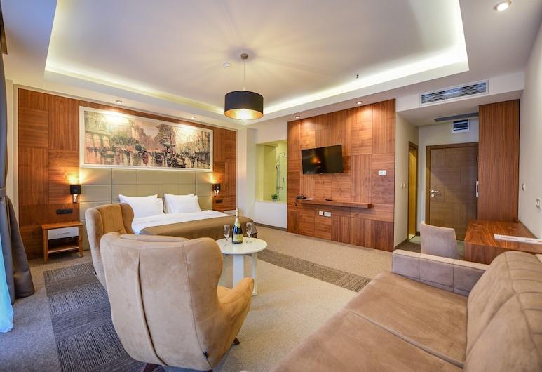 هوتل لاثارو, بودغوريكا, غرفة عائلية رباعية, غرفة نزلاء