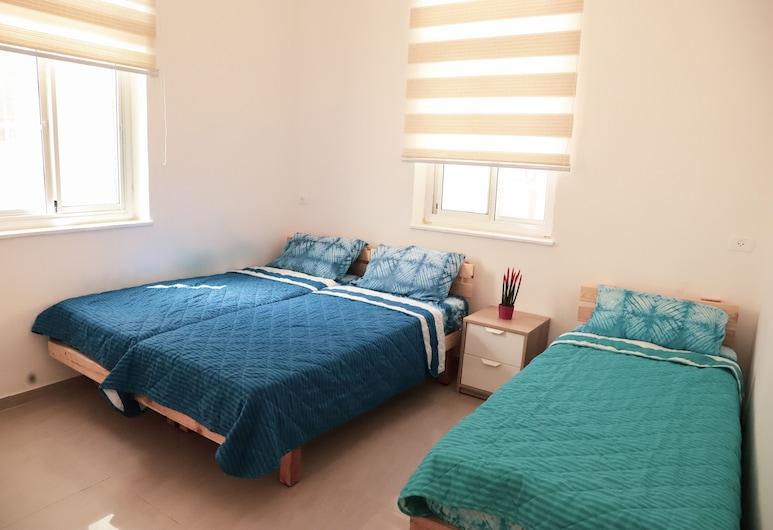 Dream House Haifa, Haifa, Klasisks trīsvietīgs numurs, Numurs