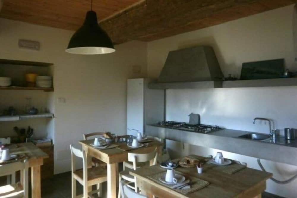 Triple Room, Mountain View - Shared kitchen