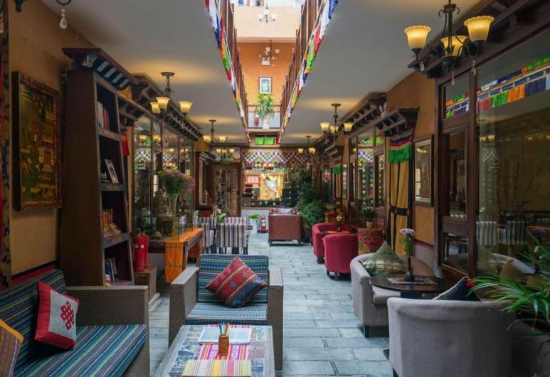 Bodhi Boutique Inn, Deqin, Utvendig