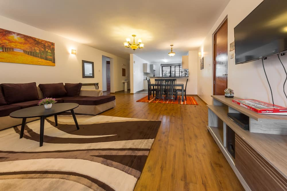 Deluxe Apartment - Living Area