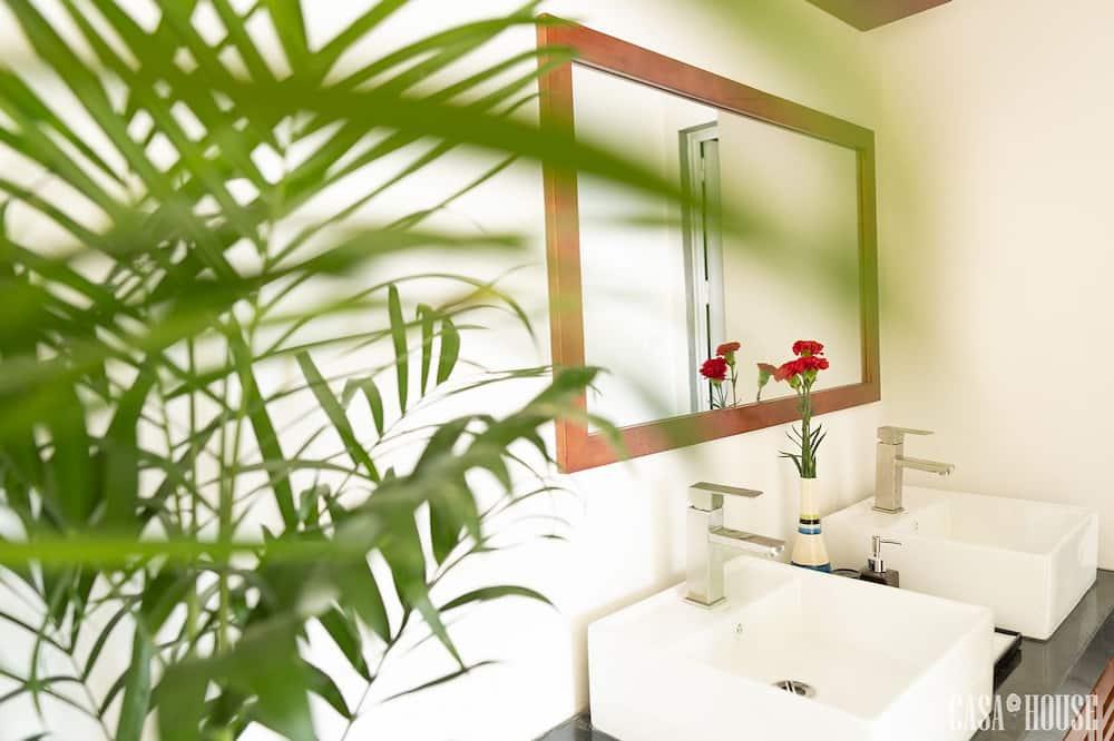 ベーシック シングルルーム - バスルーム