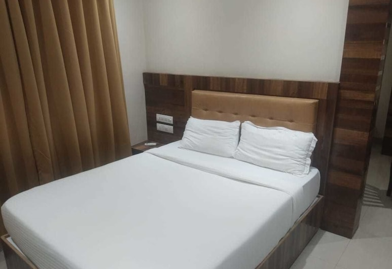 Hotel Rishi International, Mumbai, Deluxe Double Room, Guest Room