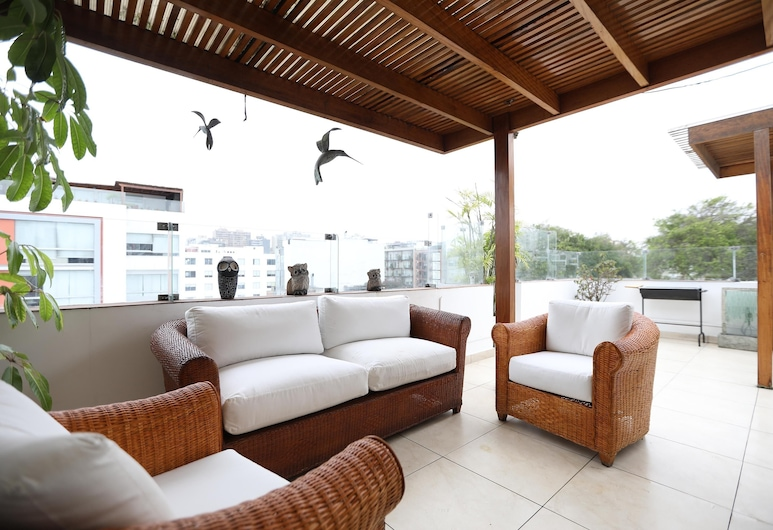 Enchanted duplex w/ terrace close to the MALECÓN, Lima, Terrass