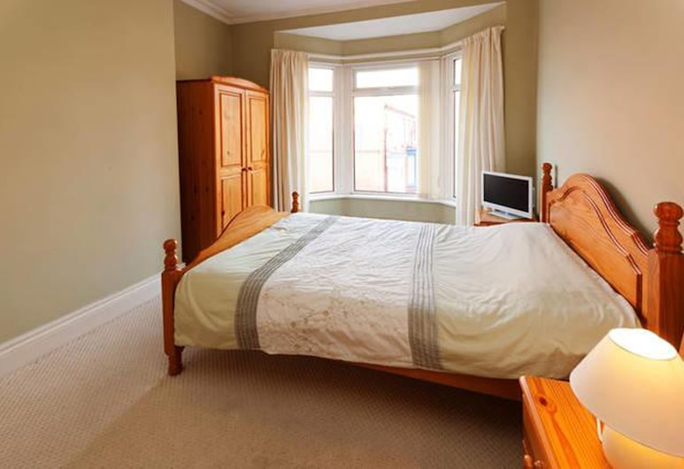 CK Residence close to Penny Lane, Liverpool, Standard Double Room, Shared Bathroom (Comfy), Guest Room