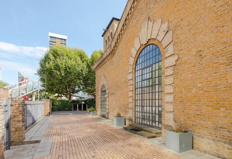 Gorgeous 2 bed in Converted Pumping House 4 Guests, London, Välisilme