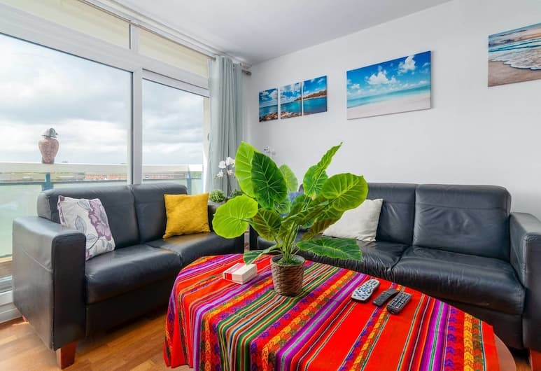 Amazing 2 Bedroom Flat in East London, Fits 5, London, Elutuba