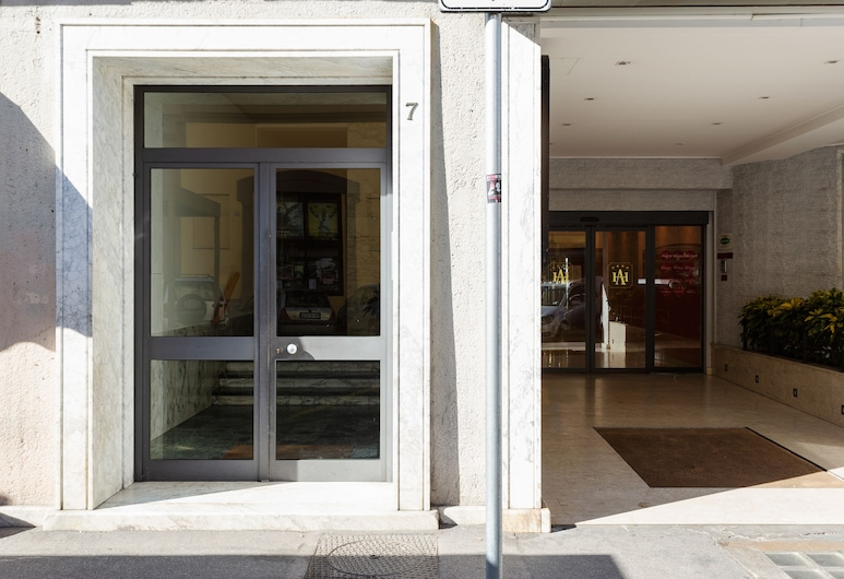 Florence Ognissanti Apartment, Firenze, Ingresso della struttura