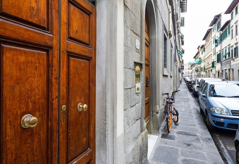 San Lorenzo Wooden Loft, Florence, Property entrance