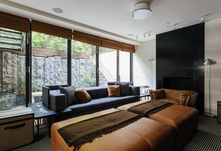 Jane Street Townhouse II by Onefinestay, New York, Apartment (5 Bedrooms), Ruang Tamu