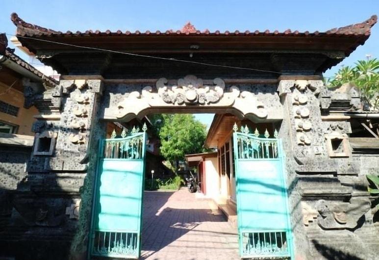 Taman Mekar Beach Inn 2, Kuta, Lối vào khách sạn