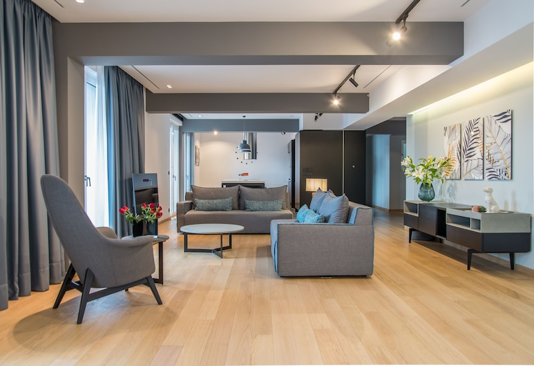 Pinacota Suites Athens, Athens, Presidential Apartment, 3 Bedrooms, Living Room
