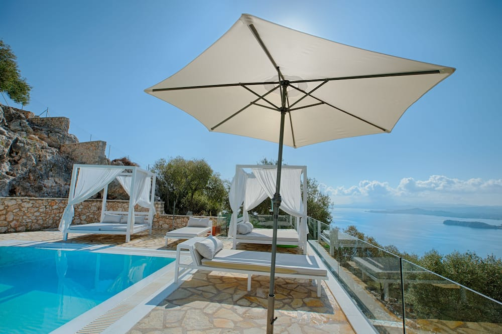 Luxury Villa, 4 Bedrooms, Private Pool, Sea View - Private pool