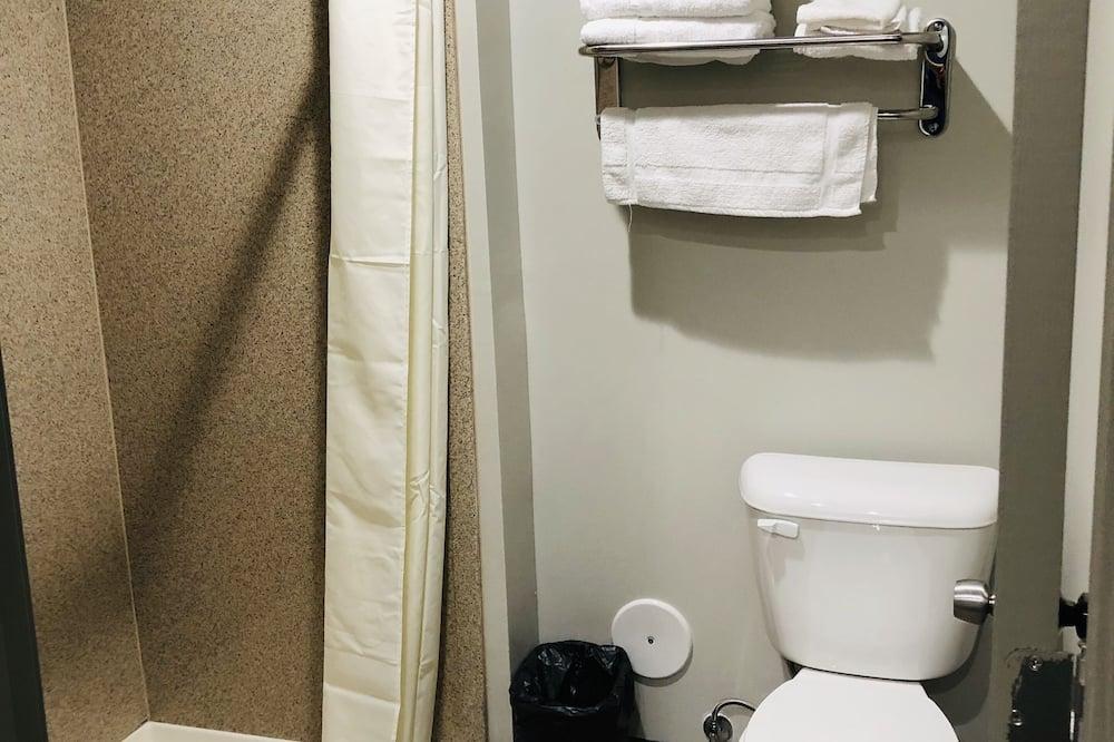 Non Smoking Double Queen Bed - חדר רחצה