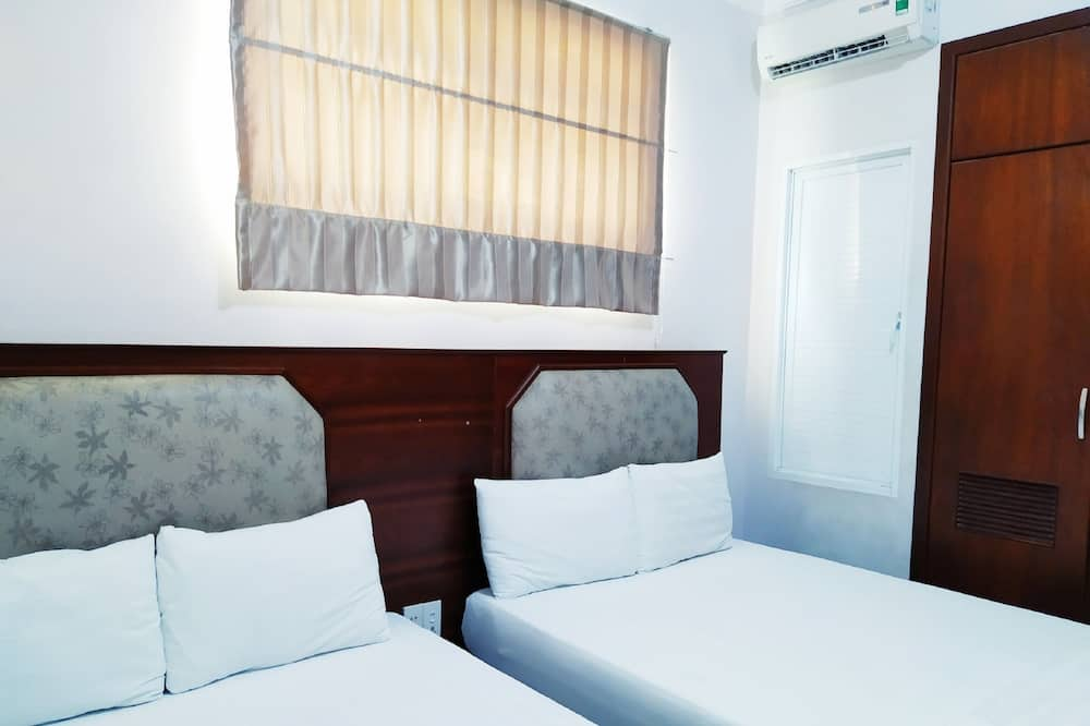 Superior Double Room, 1 Queen Bed, Private Bathroom - Balcony View