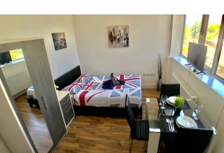 GSS Premium 7, London, Apartment, eigenes Bad, Blick auf den Innenhof (GSS Premium 7), Zimmer