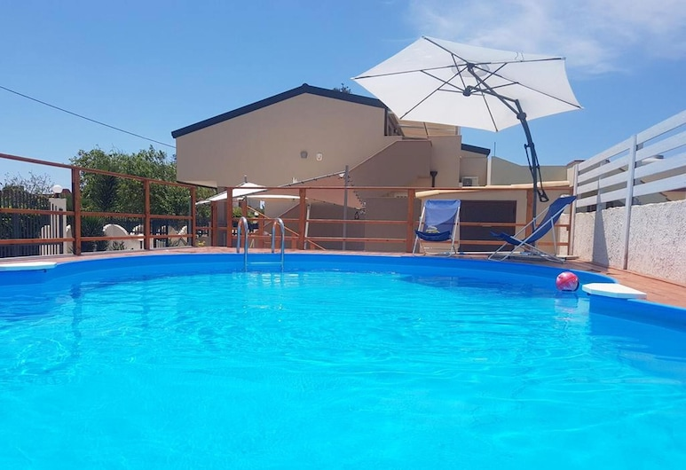 Villa With 2 Bedrooms in Granelli, With Private Pool, Enclosed Garden and Wifi - 100 m From the Beach, Pachino