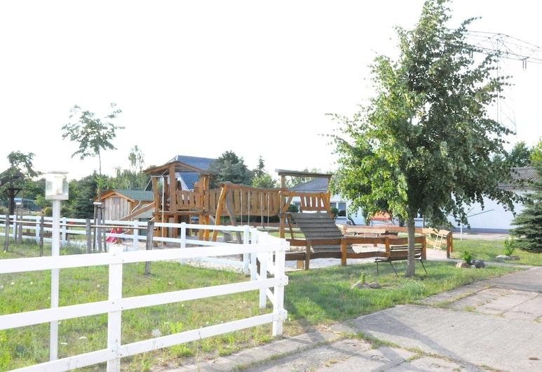 Ferienzimmer / Familienzimmer Haflingerhof Noack, Lübbenau/Spreewald, Property Grounds