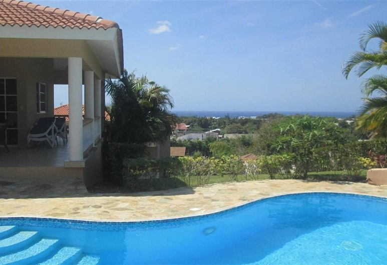 Hilltop Ocean View Villa w/ Large Pool Walking to Strip and Sosua Beach, Sosua, Pool