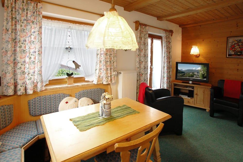 Departamento, 2 habitaciones, vista a la montaña (Ferienwohnung 1) - Servicio de comidas en la habitación