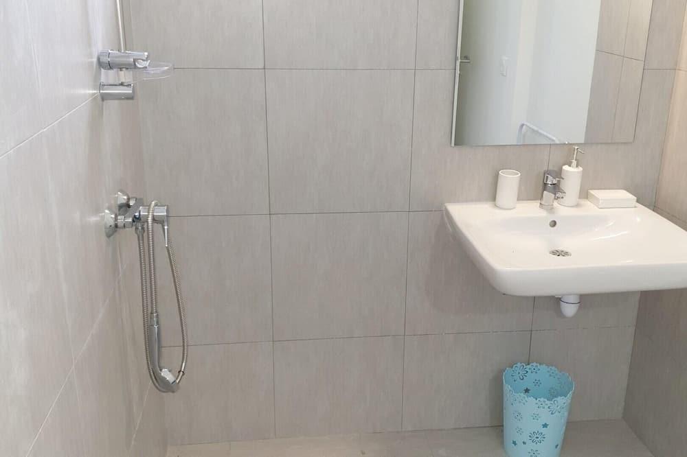 Villa, Pool View - Bathroom