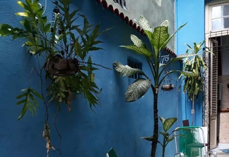Casa Reyna, Havana, Terrass