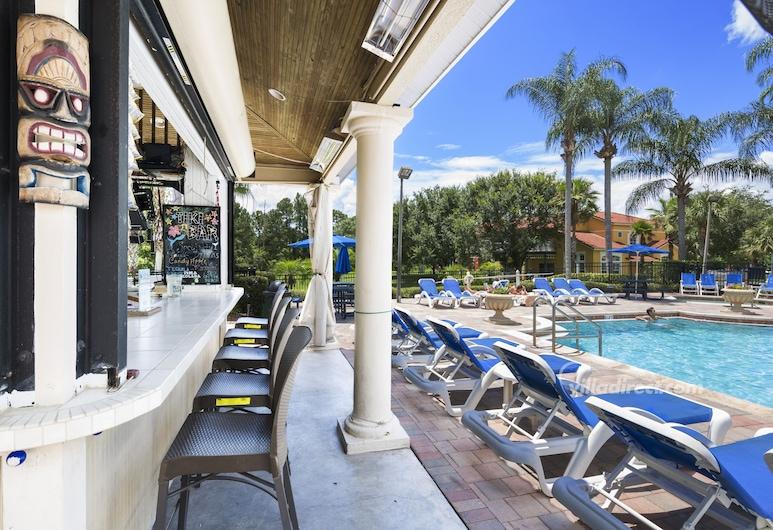 Palm Key Villa by VillaDirect, Kissimmee, Bar við sundlaugarbakkann