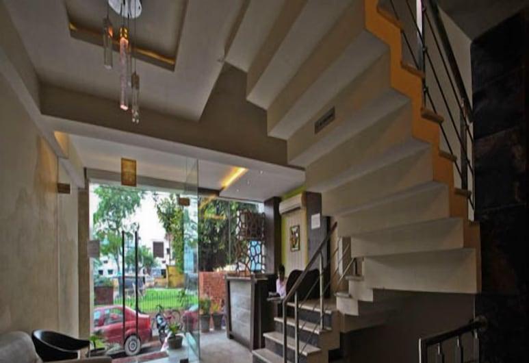 Hotel Mandiram, Allahabad, Anddyri