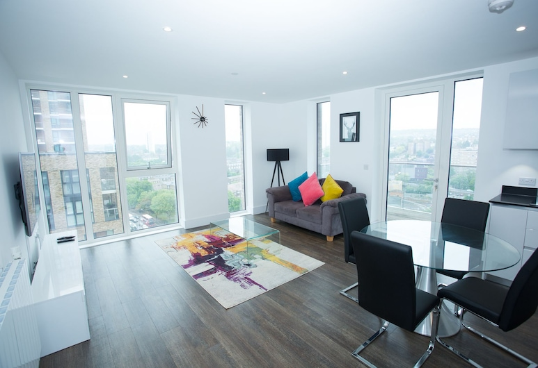 High view 2 Bedroom apt - Woolwich, London, Wohnbereich