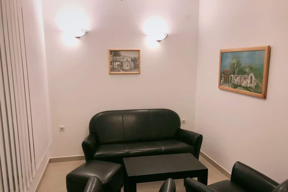 Superior-suite - 1 kingsize-seng - ikke-ryger - udsigt til have - Opholdsområde