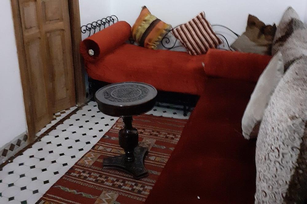 Paaugstināta komforta četrvietīgs numurs, viena guļamistaba (Mimouna) - Dzīvojamā zona