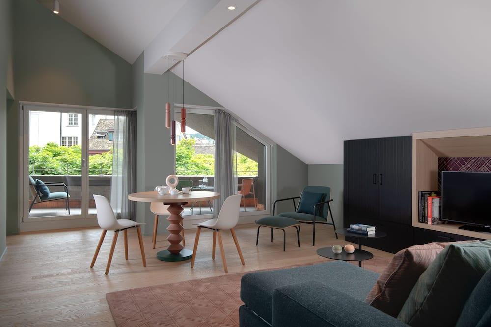 Suite, 2 Single Beds - Living Area
