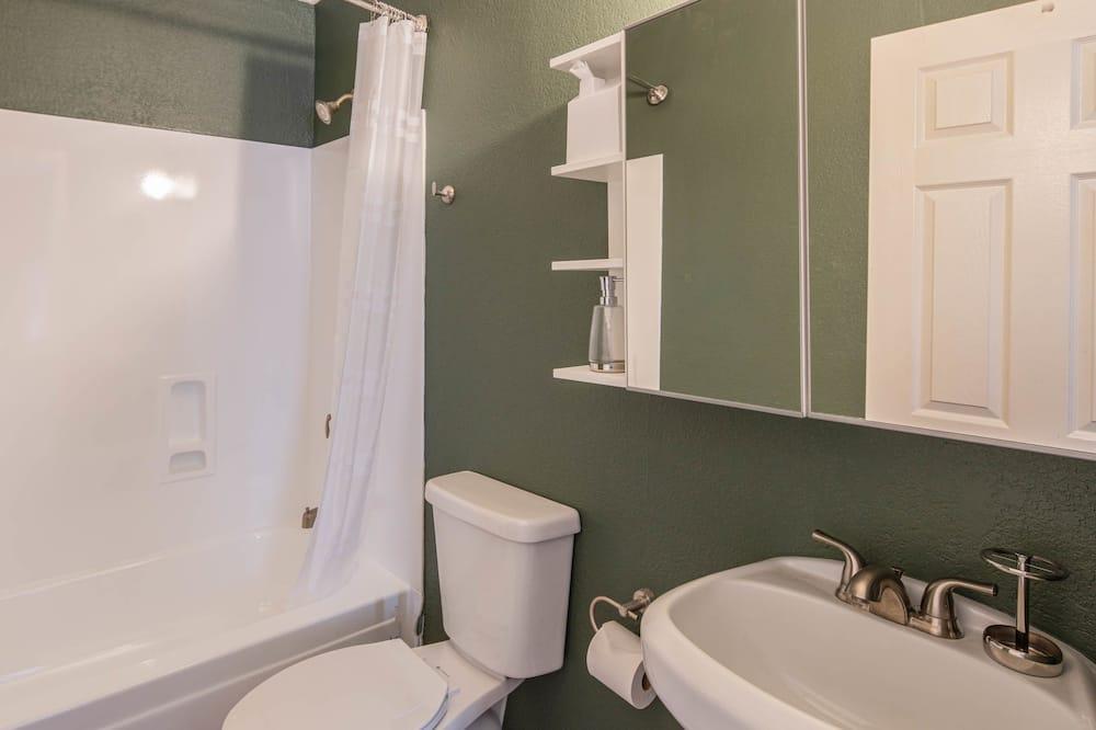Ekskluzivna kuća, 4 spavaće sobe, 2 kupaonice - Kupaonica