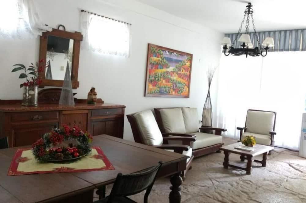 Habitación doble económica, 2 camas individuales - Sala de estar
