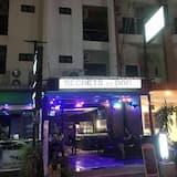 واجهة الفندق - مساءً /ليلا