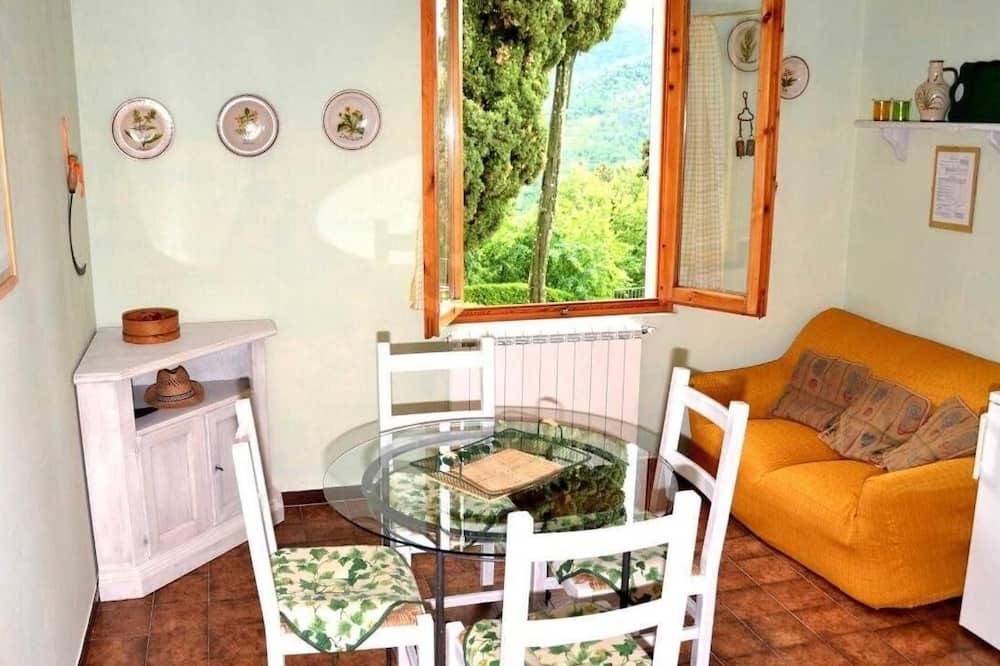 Apartment, 1 Bedroom (Basilico) - Living Area