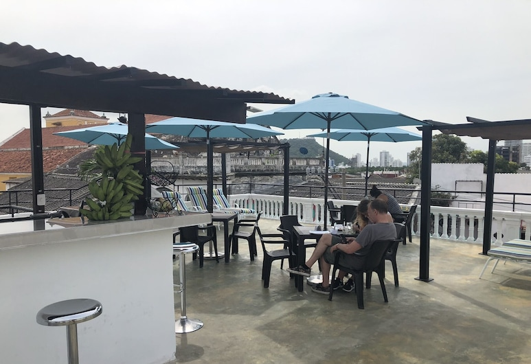 巴勒卡青年旅舍, 喀他基那, 陽台
