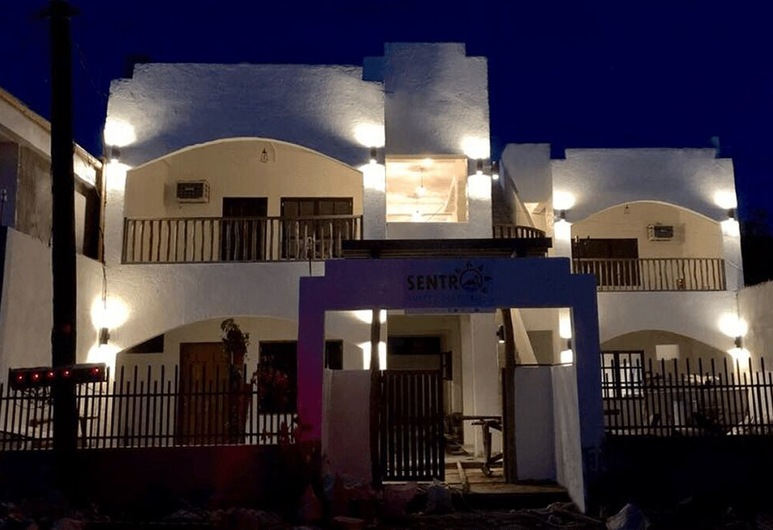 Sentro Suites Siargao, General Luna, חזית המלון - ערב/לילה