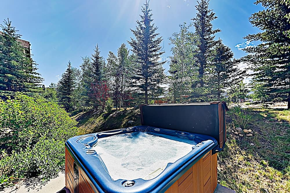 Townhome, 4 Bedrooms - Outdoor Spa Tub