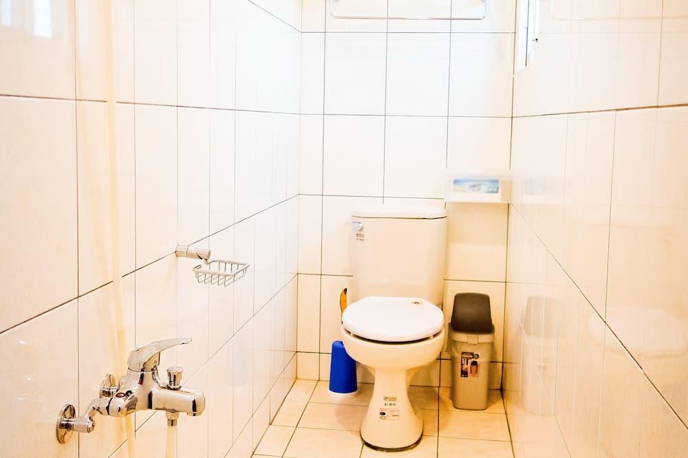 Comfort Double Room, Non Smoking, Refrigerator - Bathroom