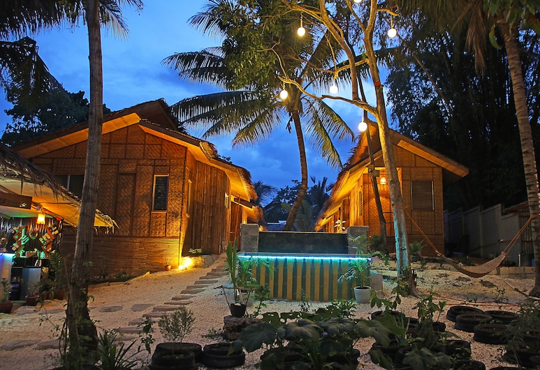 Ecostay, Panglao, Hotel Front – Evening/Night