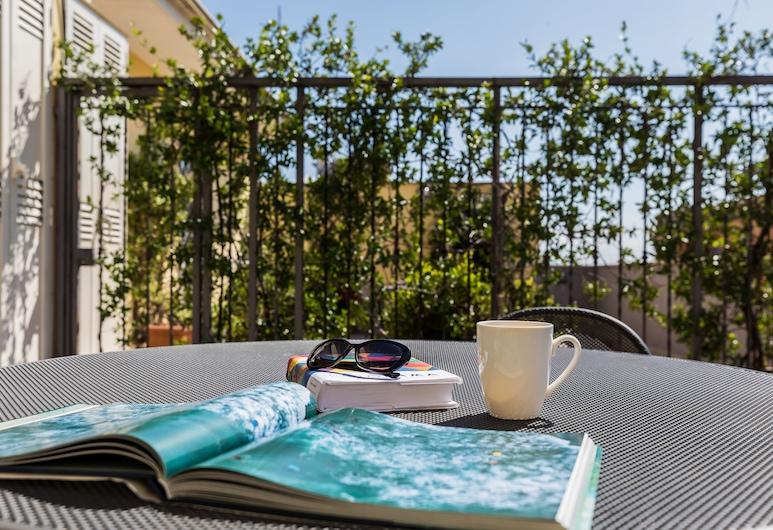 Crosti Apartments, Roma, Apartemen, 1 kamar tidur, teras, Teras/Patio