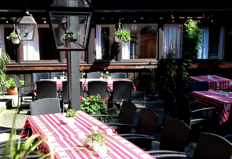 König Ludwig Stub'n, Prien am Chiemsee, Restaurante al aire libre